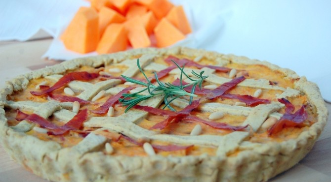 Crostata di zucca, patate e prosciutto crudo - intera
